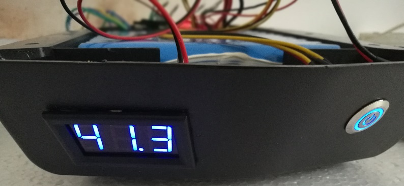 10s5p battery led voltage indicator.jpg